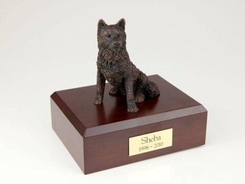 Bronze look Husky figurine cremation urn w/wood box
