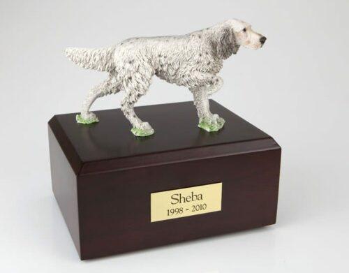 English Setter figurine cremation urn w/wood box