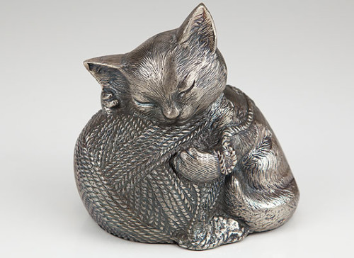 Silver finish cat cremation urn