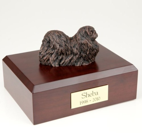 Bronze-look Pekingese figurine cremation urn w/wood box
