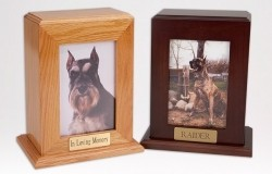 Wood cremation urn, vertical, with slot for photo