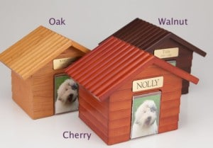 Hardwood Doghouse Urn with Photo Holder